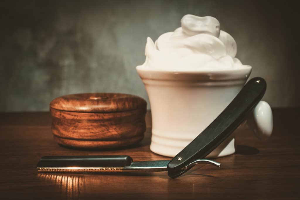 Straight Razor with Shaving Cream